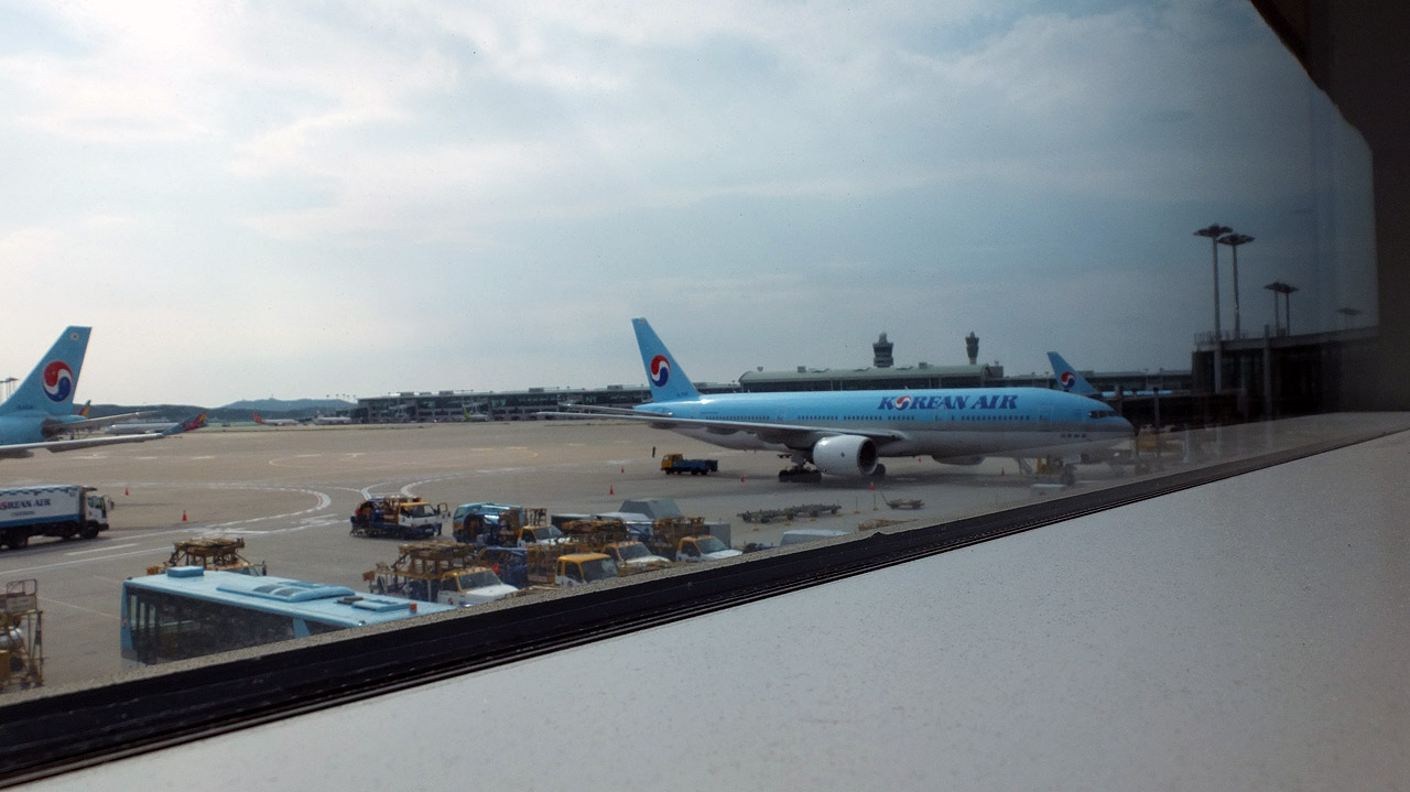ナッツリターンで有名になったKorean Airを利用!何せ安いー。
