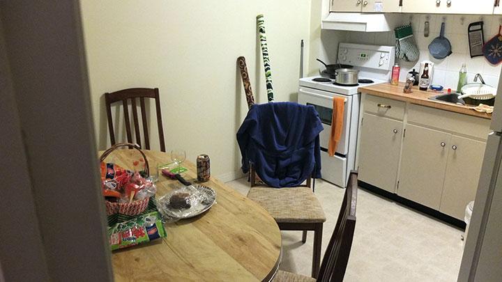 こちらがお世話になった友人宅のキッチン。日本の賃貸より全然キレイですね。