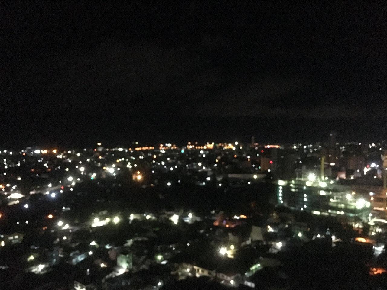 フィリピンのセブシティボケまくりの夜景。